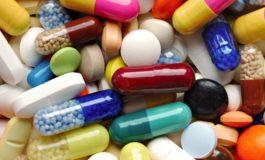 На антибиотикот првин реагира стомакот