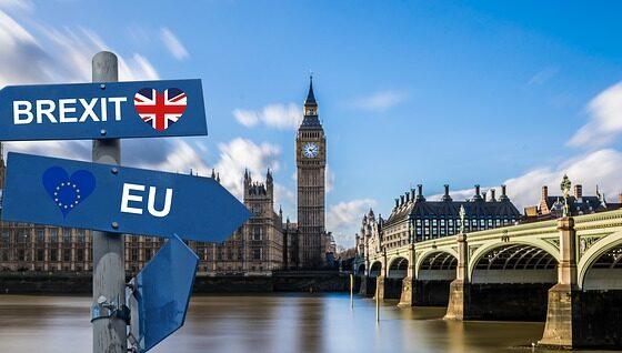 За забавата за испраќање на Британија од ЕУ веќе пријавени 10.000 луѓе