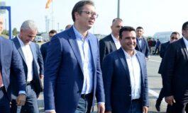 Вучиќ: Заев и Рама доаѓаат во Србија