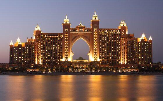 Сензационални хотели во кои престојуваат само најхрабрите (ФОТО)