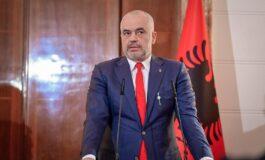 Рама: Политичарите во Приштина ја загрозуваат надворешната политика на Албанија