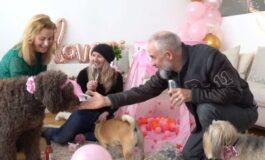 Професија од соништата: Заработува организирајќи забави за кучиња (ВИДЕО)