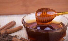 Медот и циметот го согоруваат вишокот килограми
